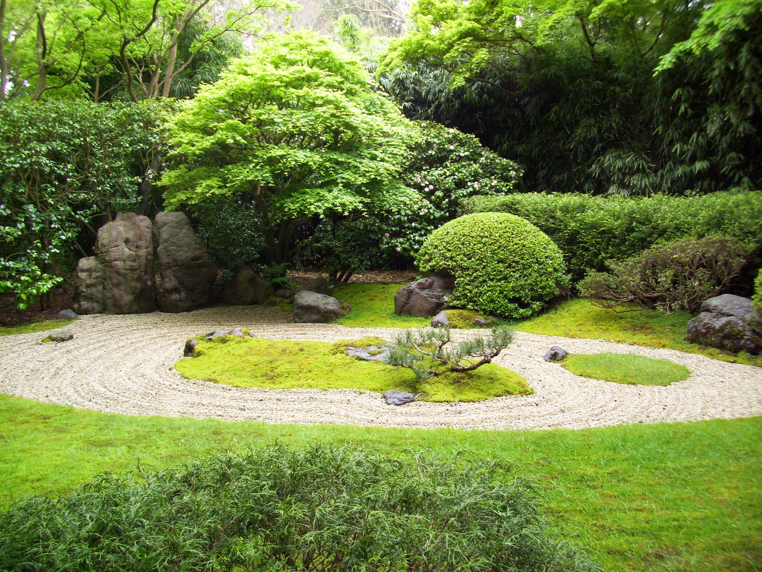 Strecthmark japanese tea garden angeeelsuuun for The landscape gardener